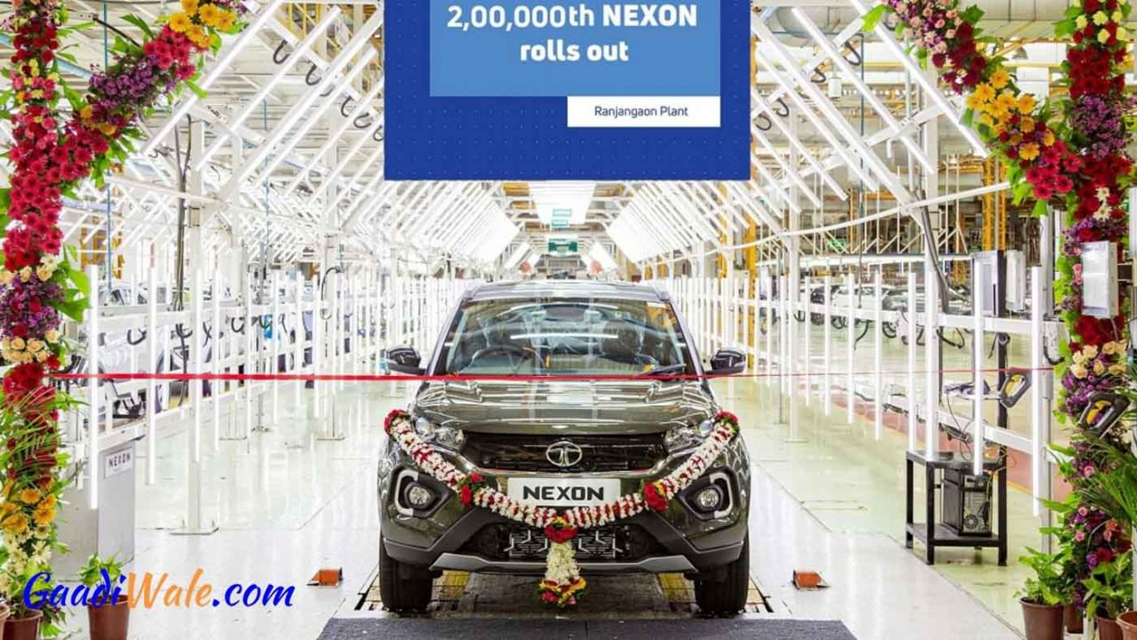 Tata-Nexon-rolls-out-200000th-nexon-8.jpg